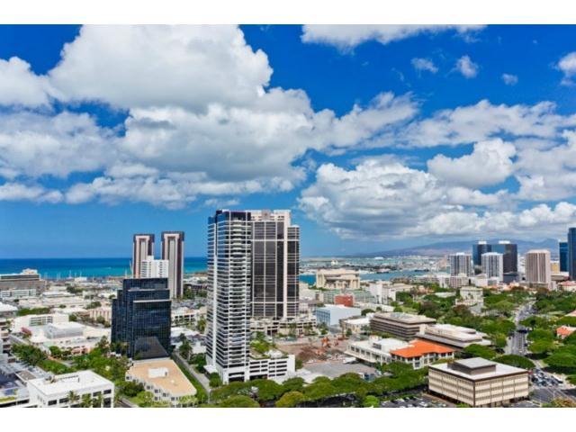 One Archer Lane condo # 3105, Honolulu, Hawaii - photo 4 of 12