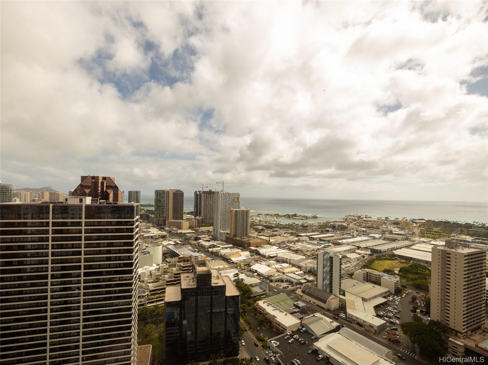 801 South St condo # 4401, Honolulu, Hawaii - photo 11 of 23