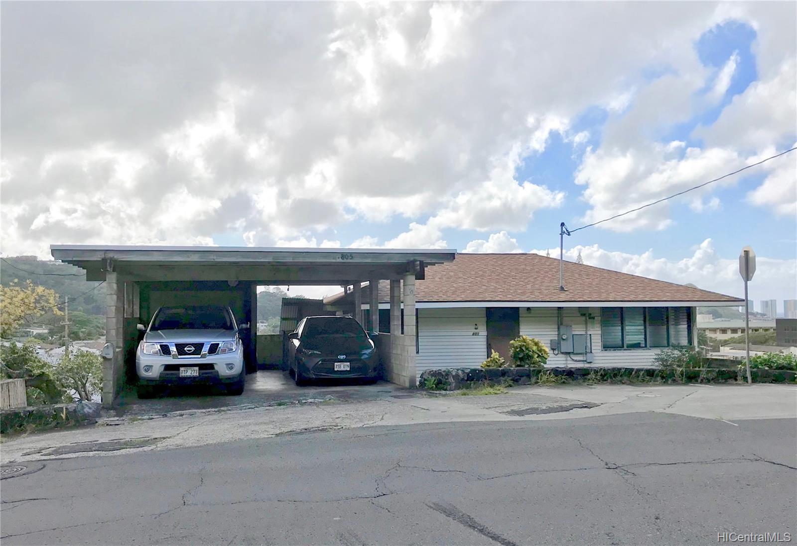 805  Alewa Drive Puunui, Honolulu home - photo 1 of 8