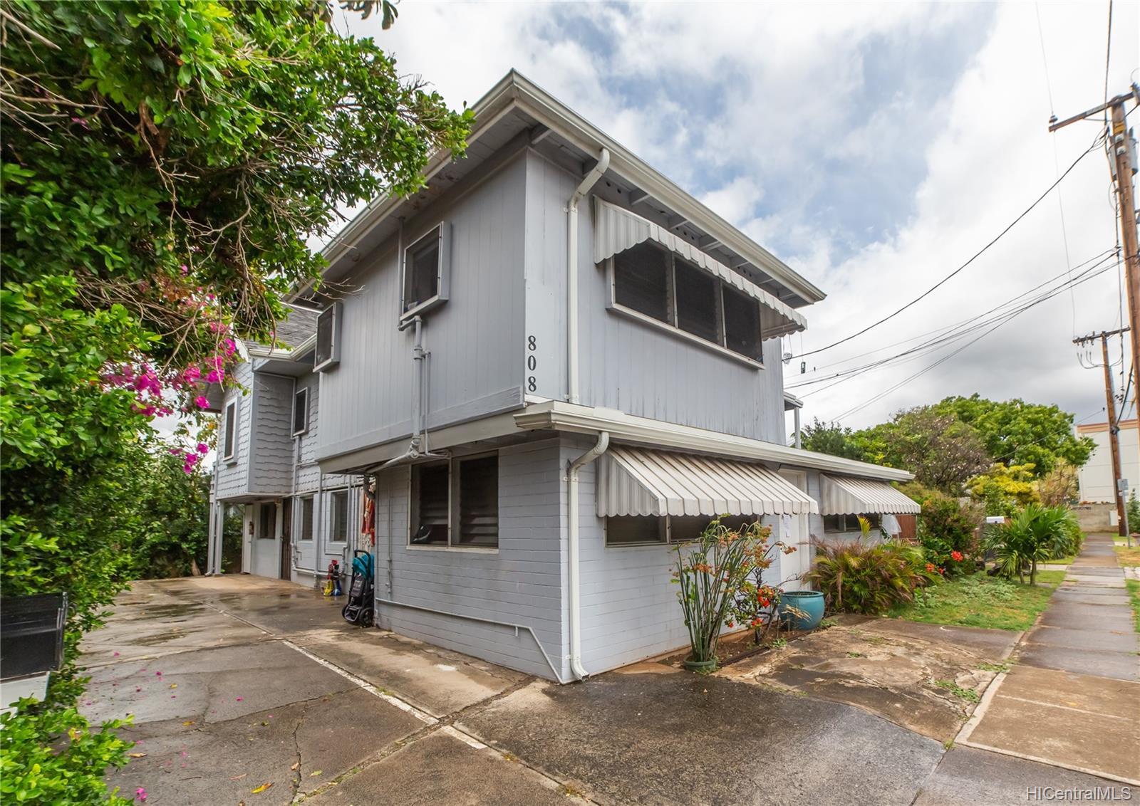 808 Makaleka Ave Honolulu - Multi-family - photo 4 of 18