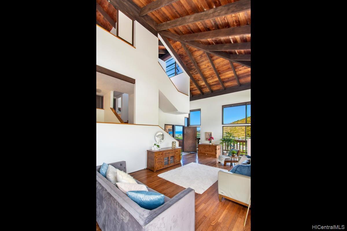 811  Ekoa Place Aina Haina Area, Diamond Head home - photo 6 of 25