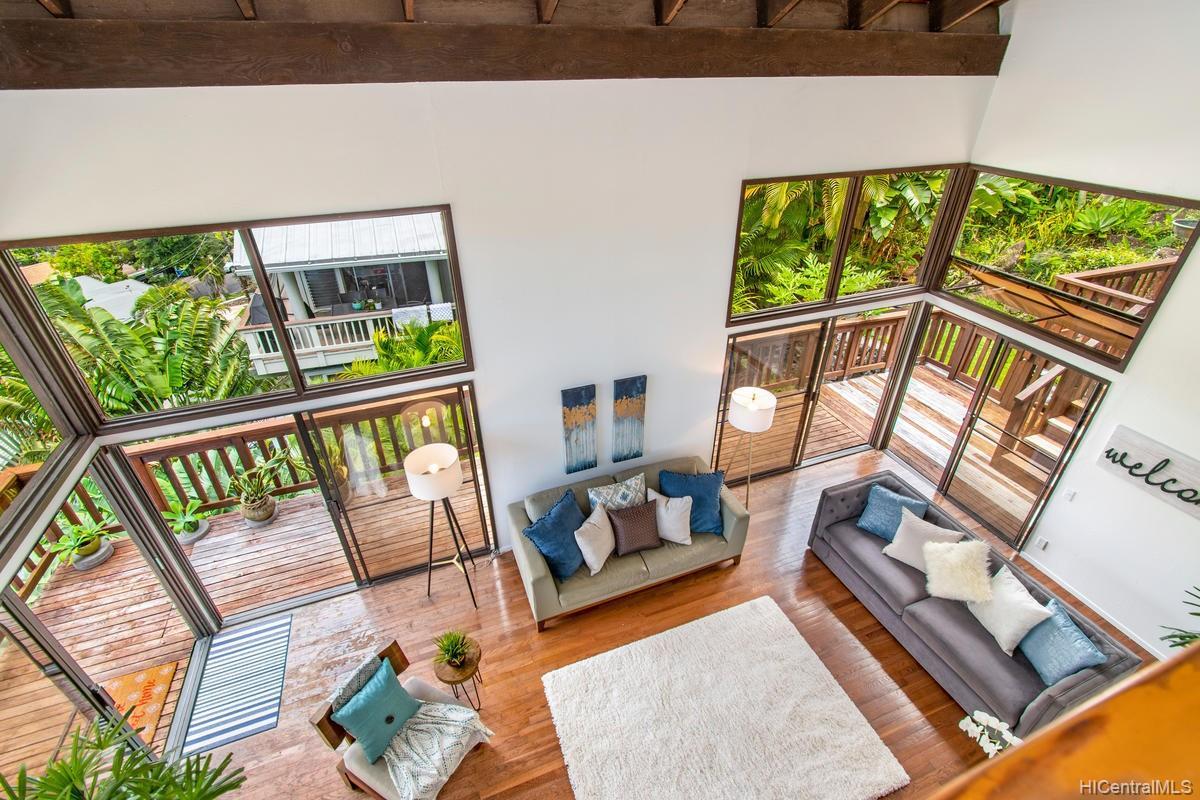 811  Ekoa Place Aina Haina Area, Diamond Head home - photo 8 of 25