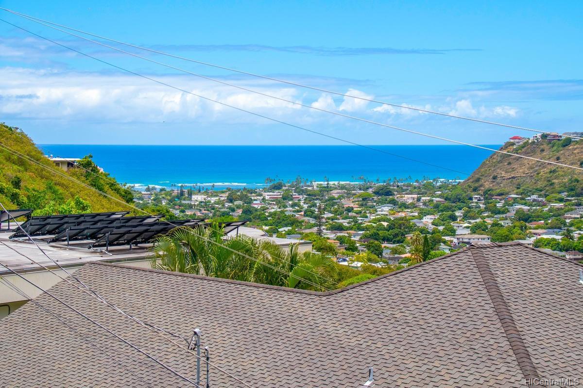 811  Ekoa Place Aina Haina Area, Diamond Head home - photo 10 of 25