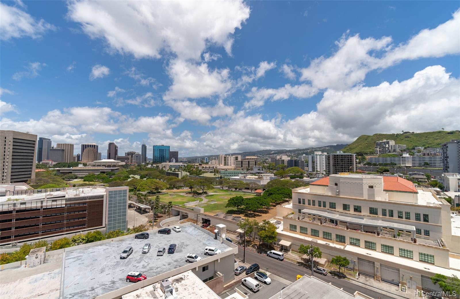 King Manor condo # 1402, Honolulu, Hawaii - photo 11 of 18