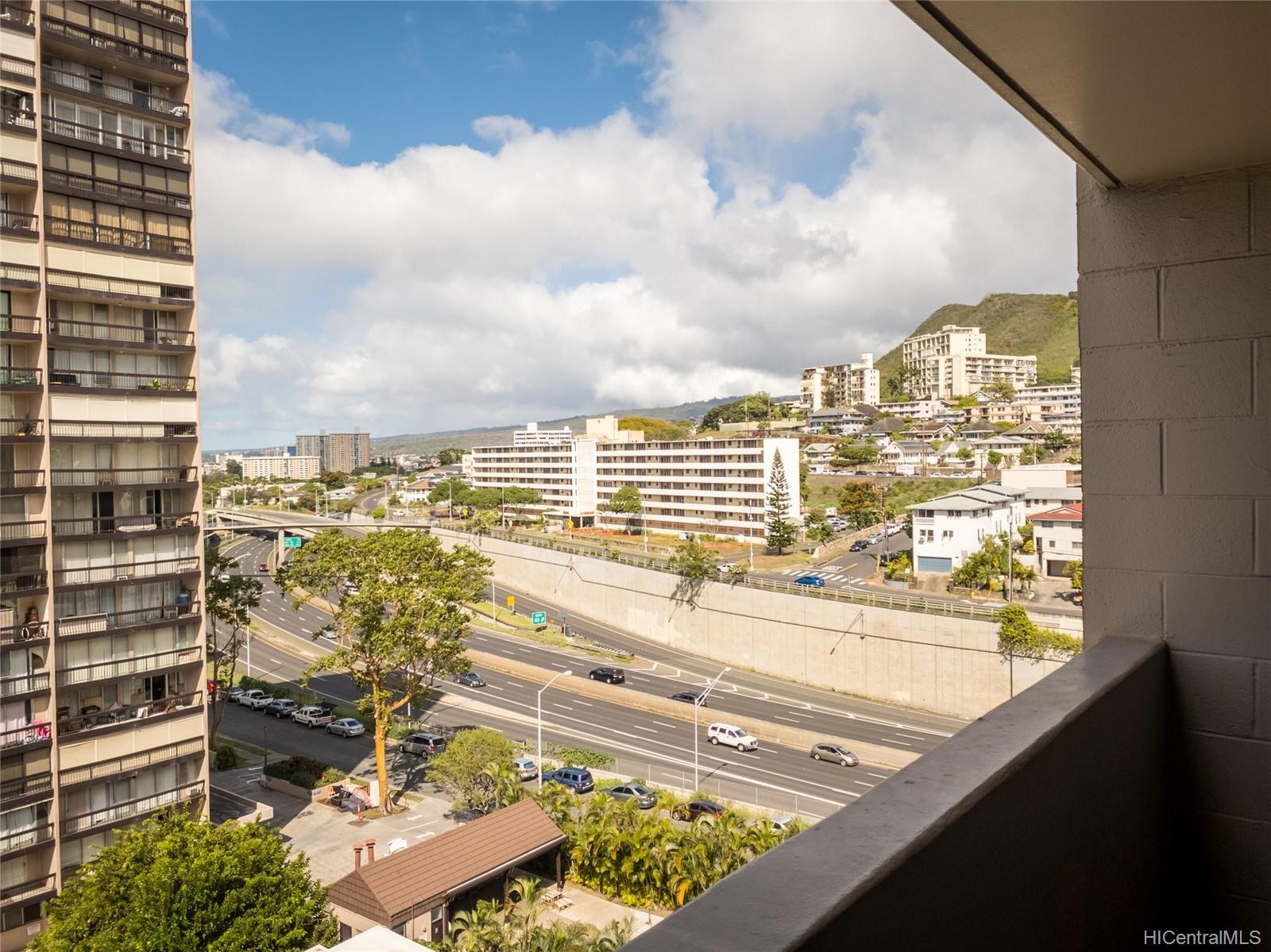 Ward Kinau condo # 1006, Honolulu, Hawaii - photo 7 of 13