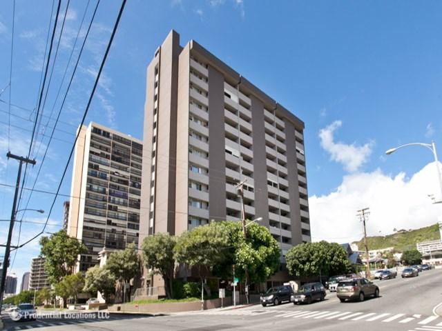 Ward Kinau condo #1209, Honolulu, Hawaii - photo 1 of 15