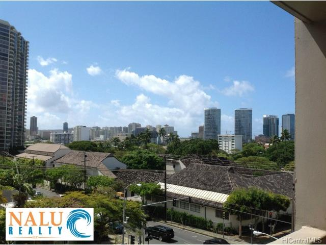 Ward Kinau condo #409, Honolulu, Hawaii - photo 1 of 6
