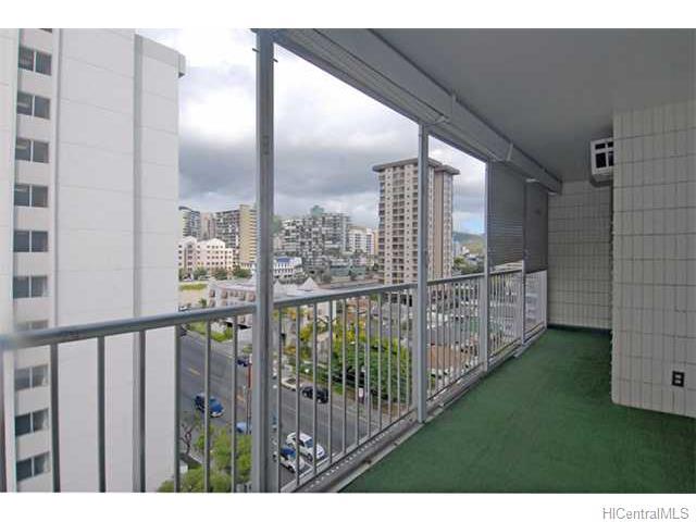 Kinau Villa condo #D/803, Honolulu, Hawaii - photo 1 of 8