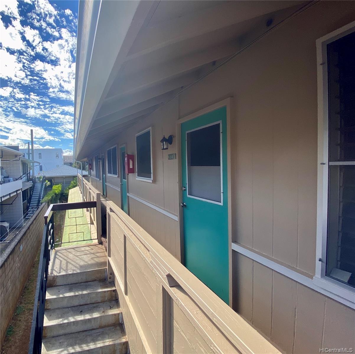 834 Pumehana Street Honolulu - Multi-family - photo 3 of 8