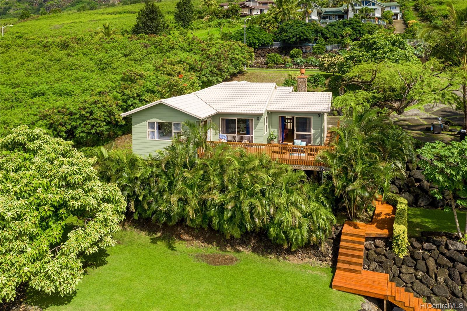 84-1459  Maunaolu Street Makaha, Leeward home - photo 2 of 21