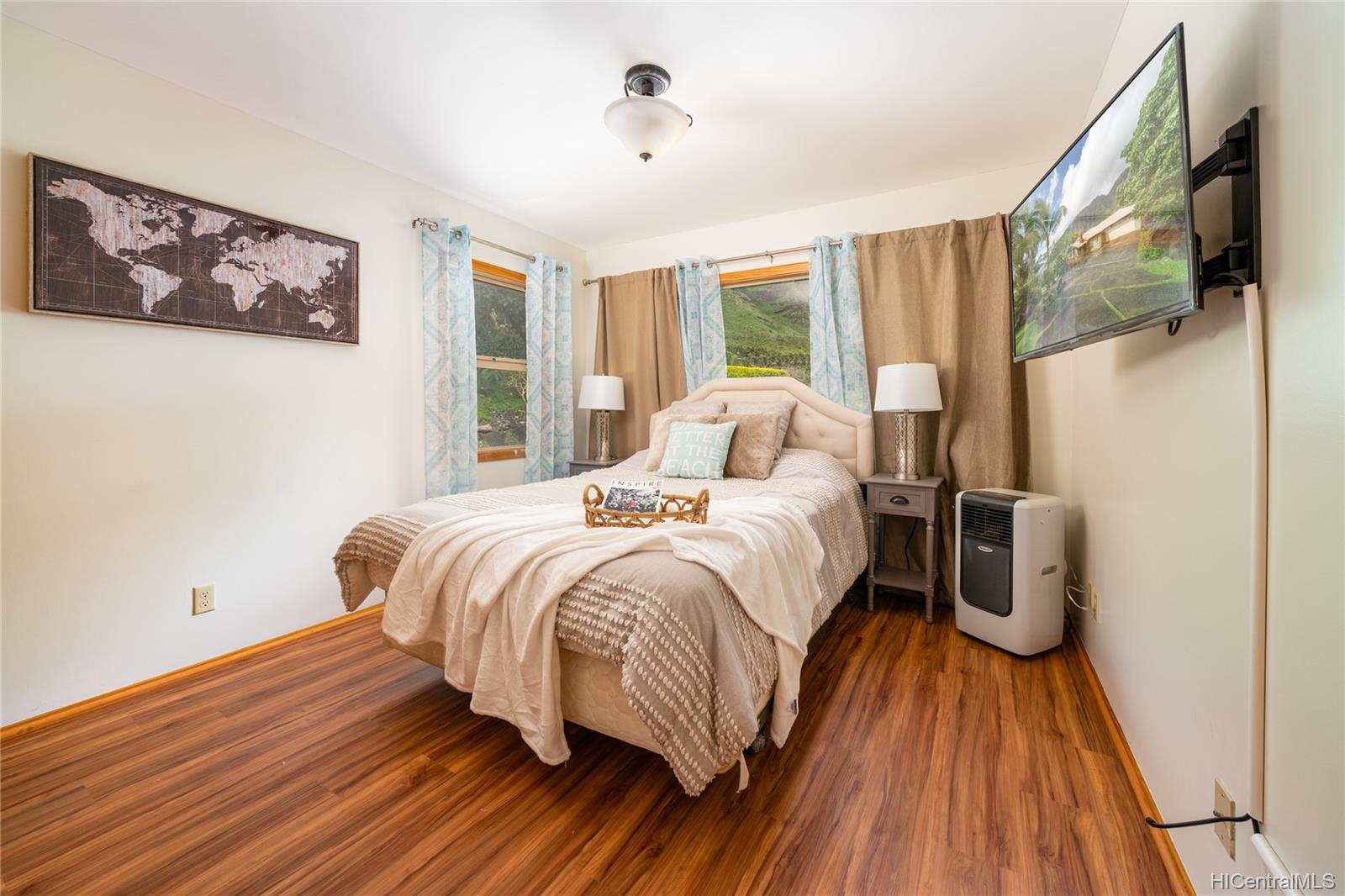 84-1459  Maunaolu Street Makaha, Leeward home - photo 12 of 21