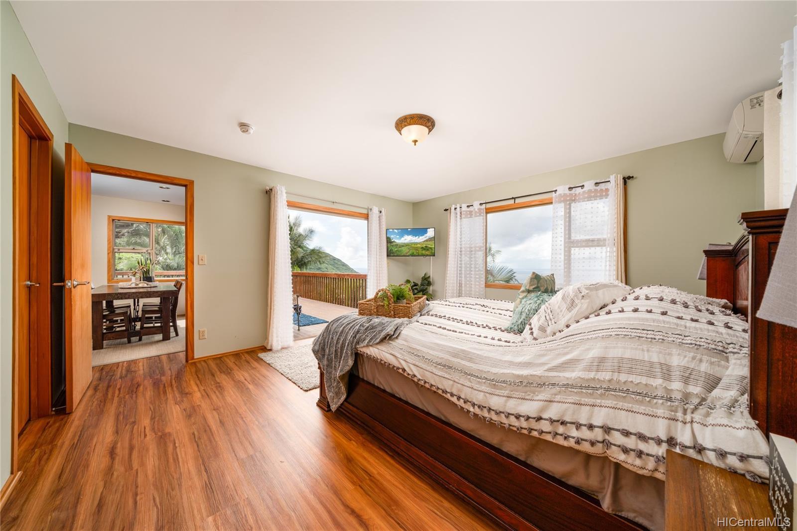 84-1459  Maunaolu Street Makaha, Leeward home - photo 8 of 21