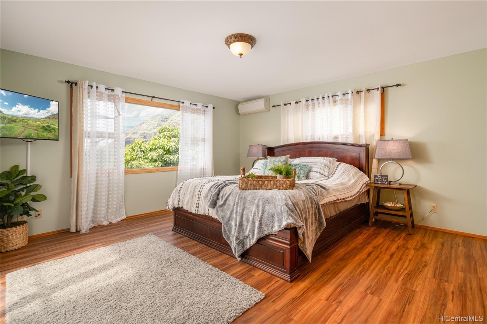 84-1459  Maunaolu Street Makaha, Leeward home - photo 9 of 21
