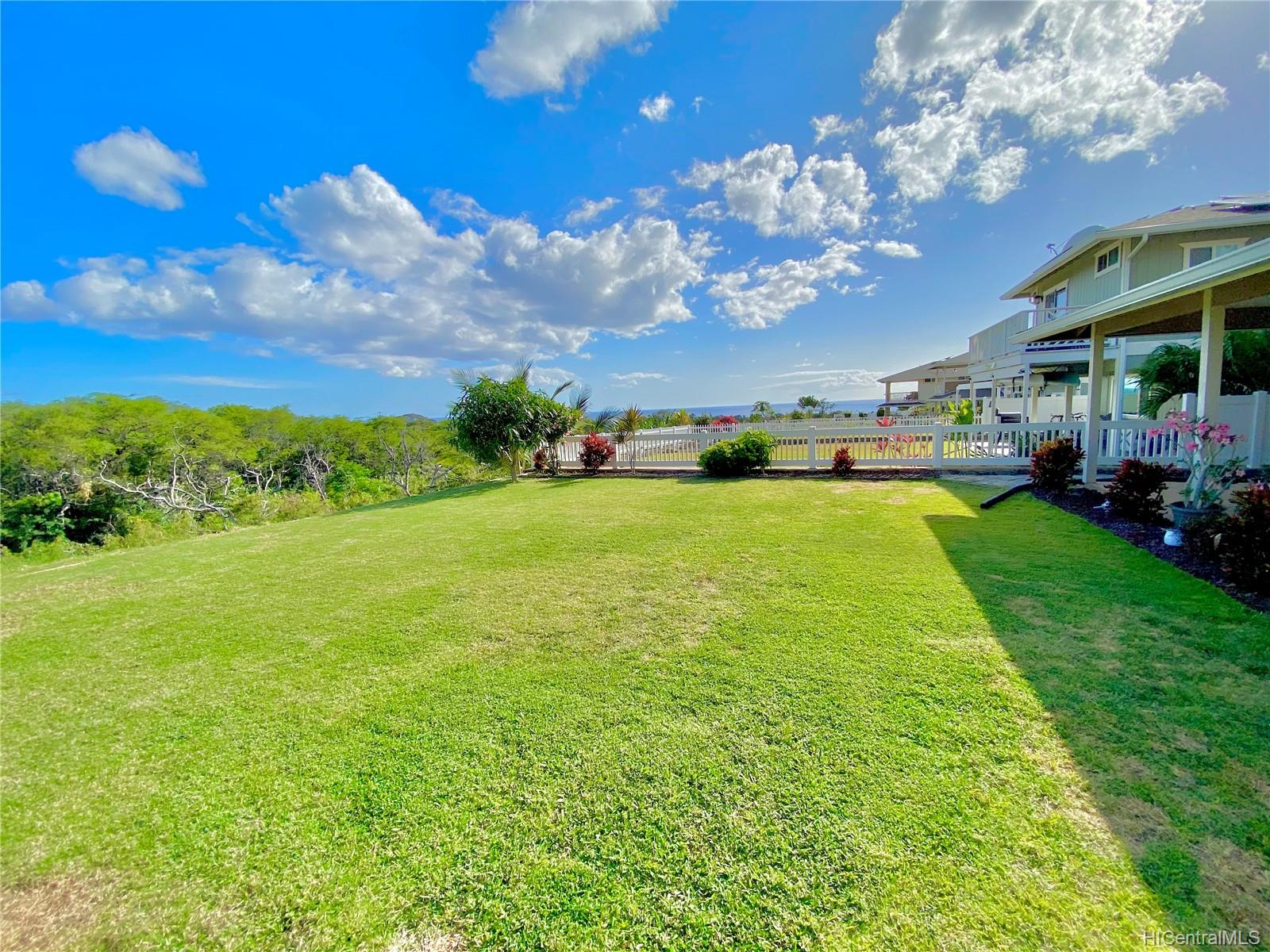 84-575  Kili Drive Makaha Oceanview Estates, Leeward home - photo 2 of 25