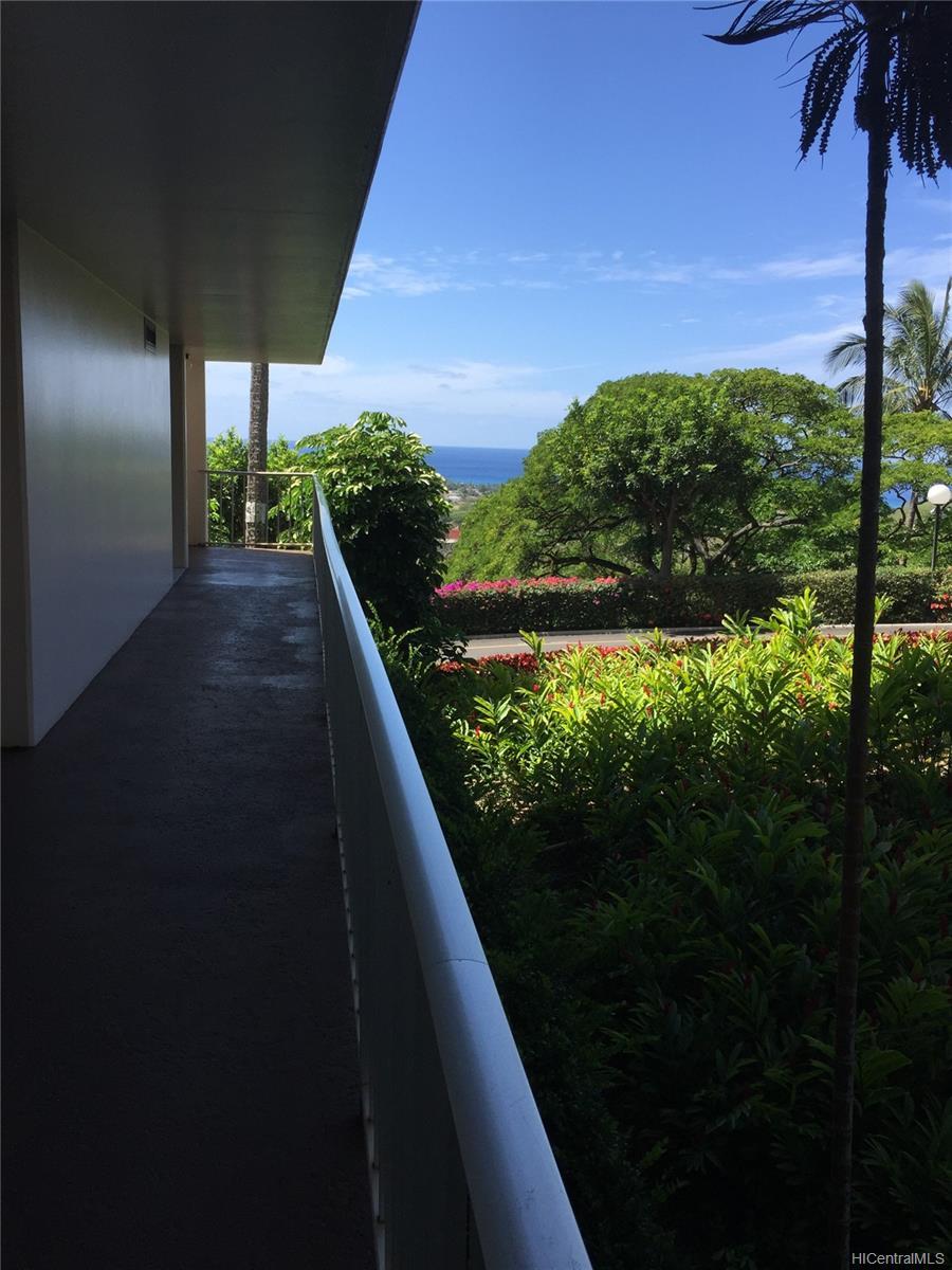 Makaha Valley Towers condo # 201, Waianae, Hawaii - photo 15 of 15