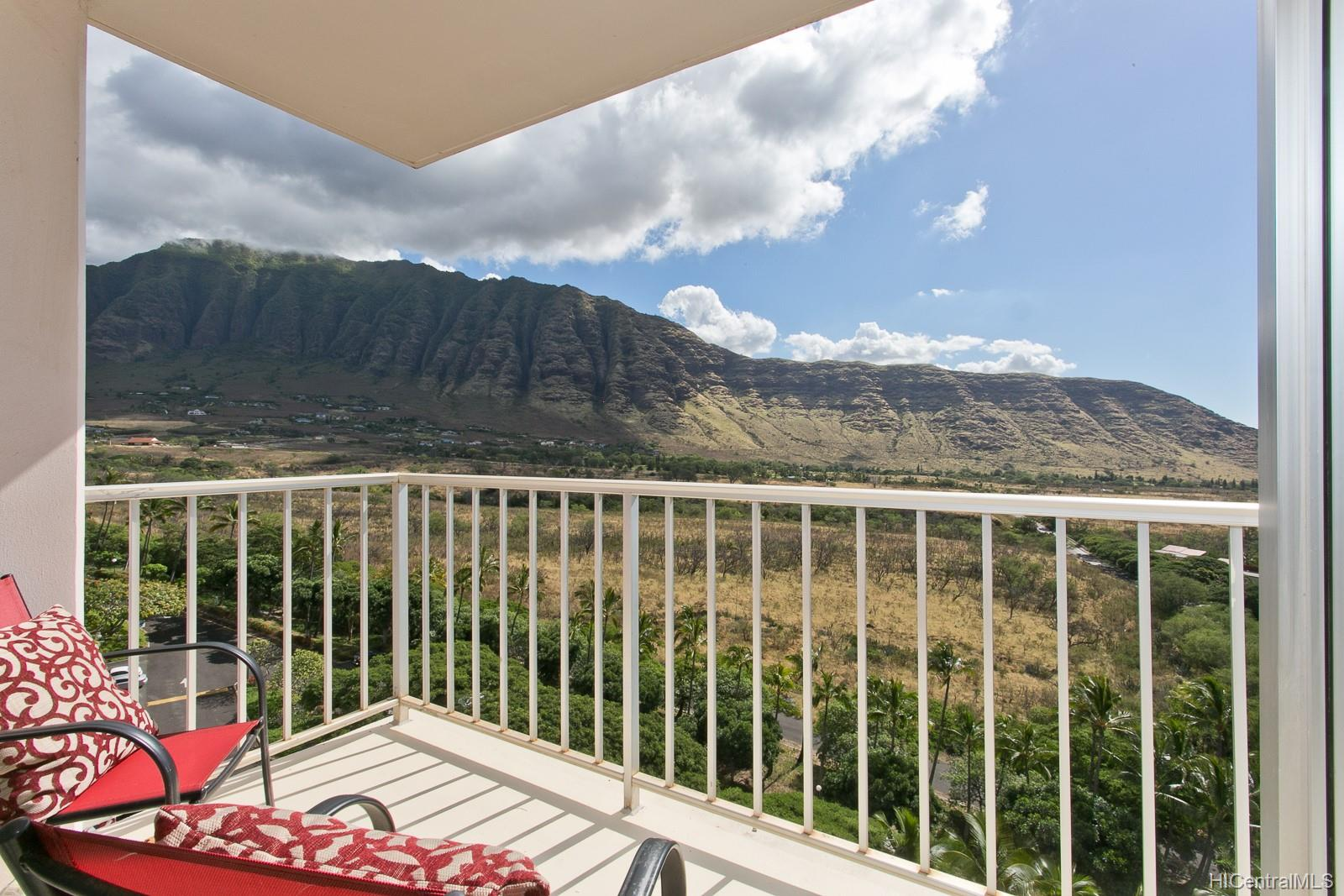 Makaha Valley Towers condo # 1024, Waianae, Hawaii - photo 10 of 21