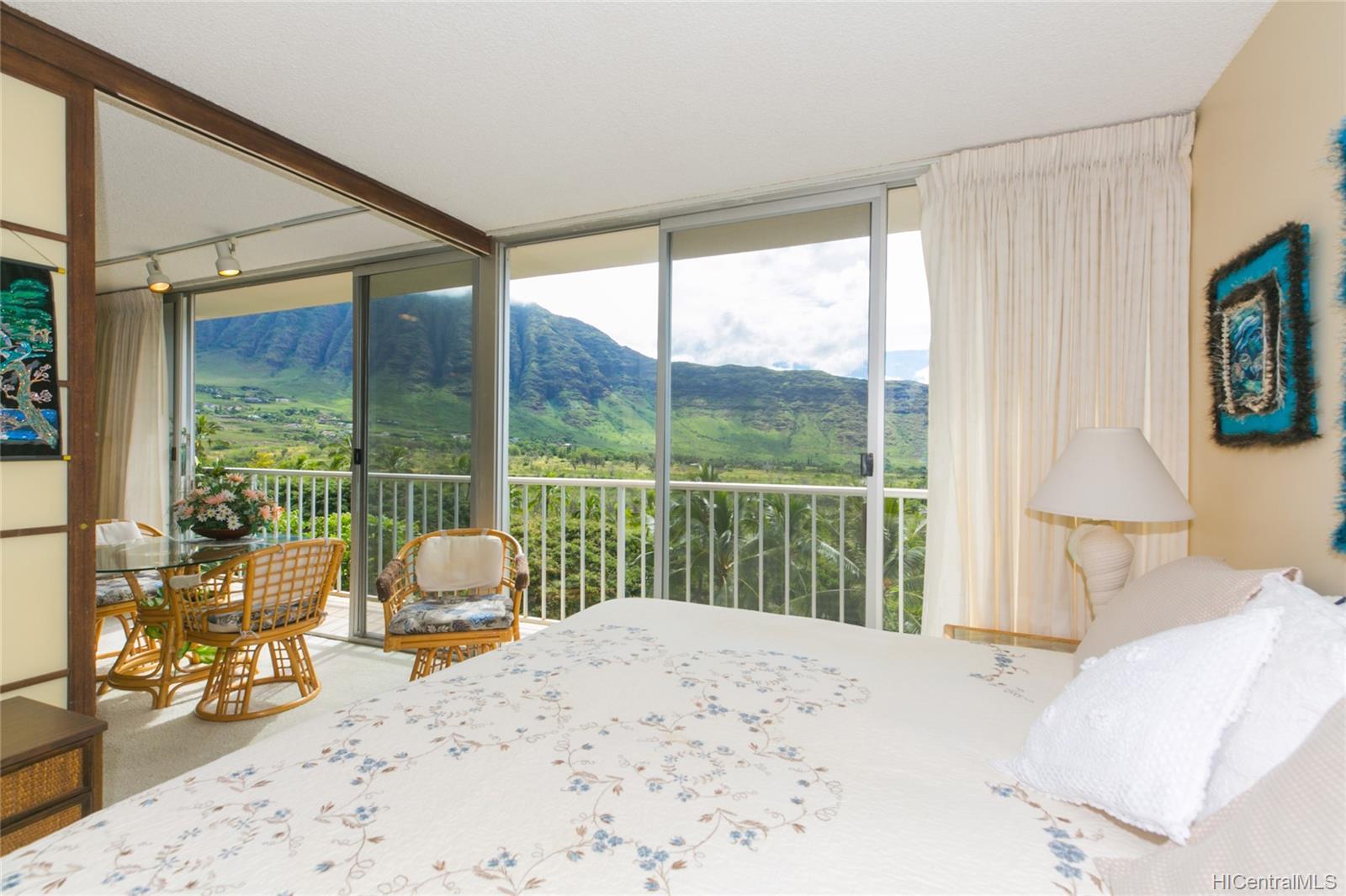 Makaha Valley Towers condo # 423, Waianae, Hawaii - photo 17 of 25