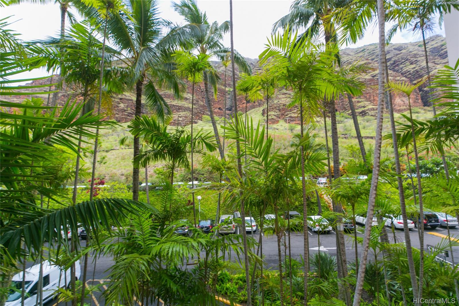 Makaha Valley Towers condo # 423, Waianae, Hawaii - photo 22 of 25