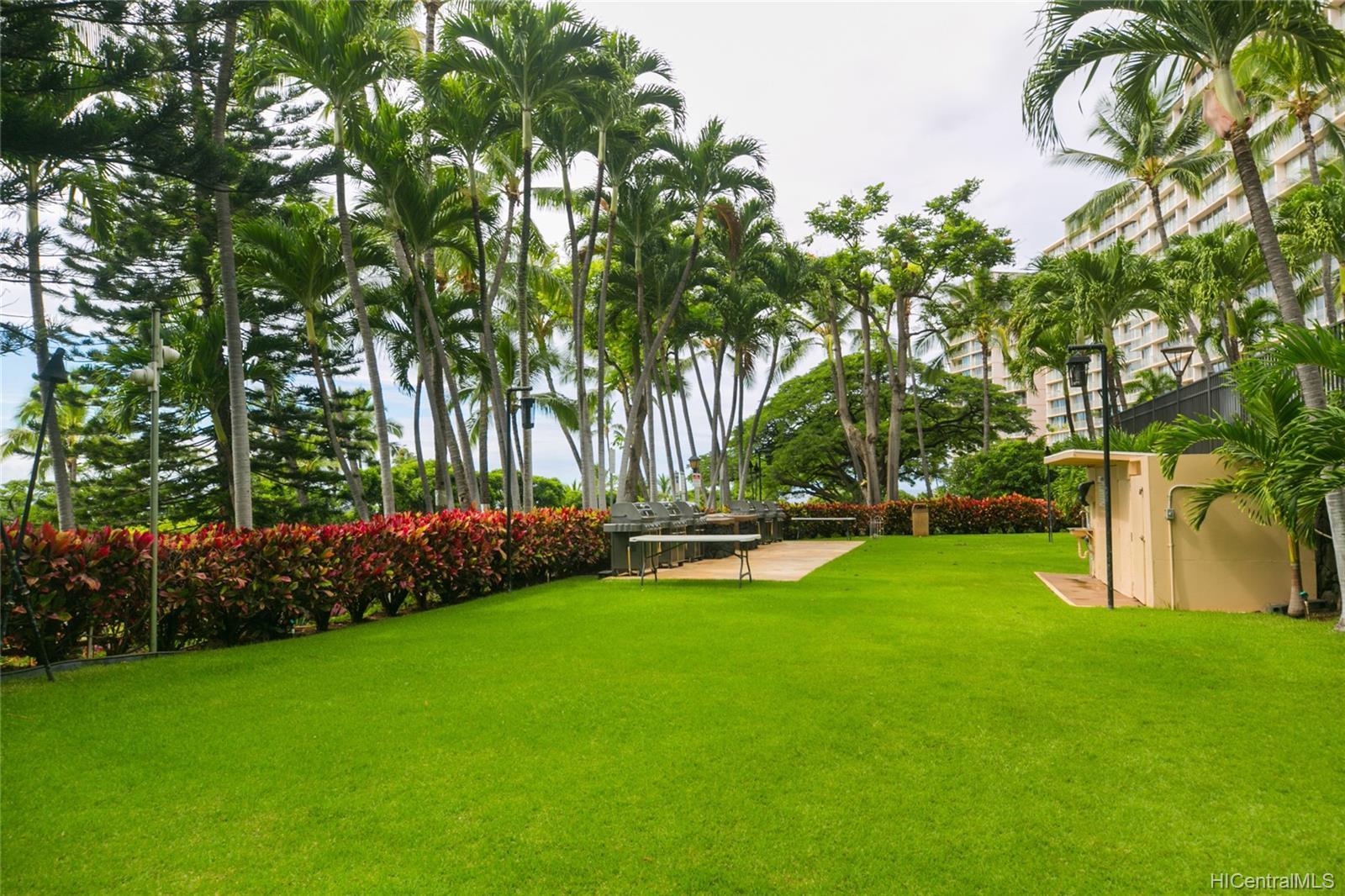 Makaha Valley Towers condo # 423, Waianae, Hawaii - photo 23 of 25