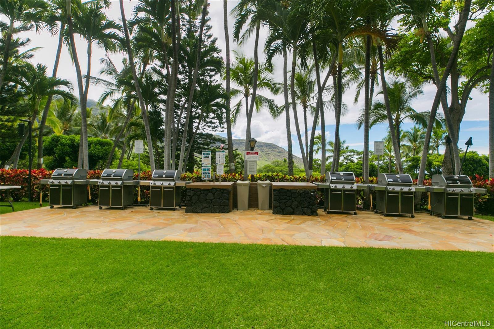 Makaha Valley Towers condo # 423, Waianae, Hawaii - photo 24 of 25
