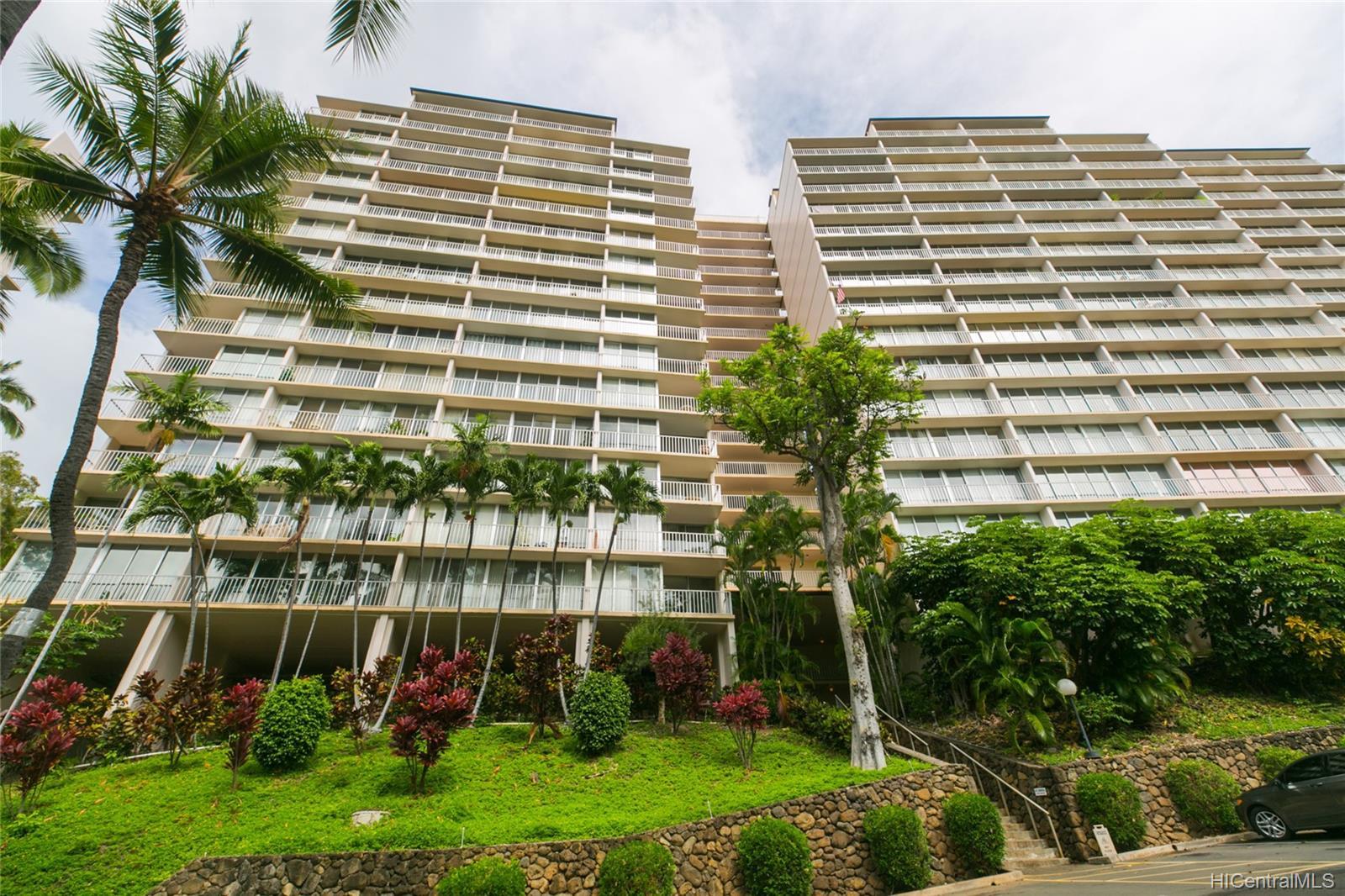Makaha Valley Towers condo # 423, Waianae, Hawaii - photo 25 of 25