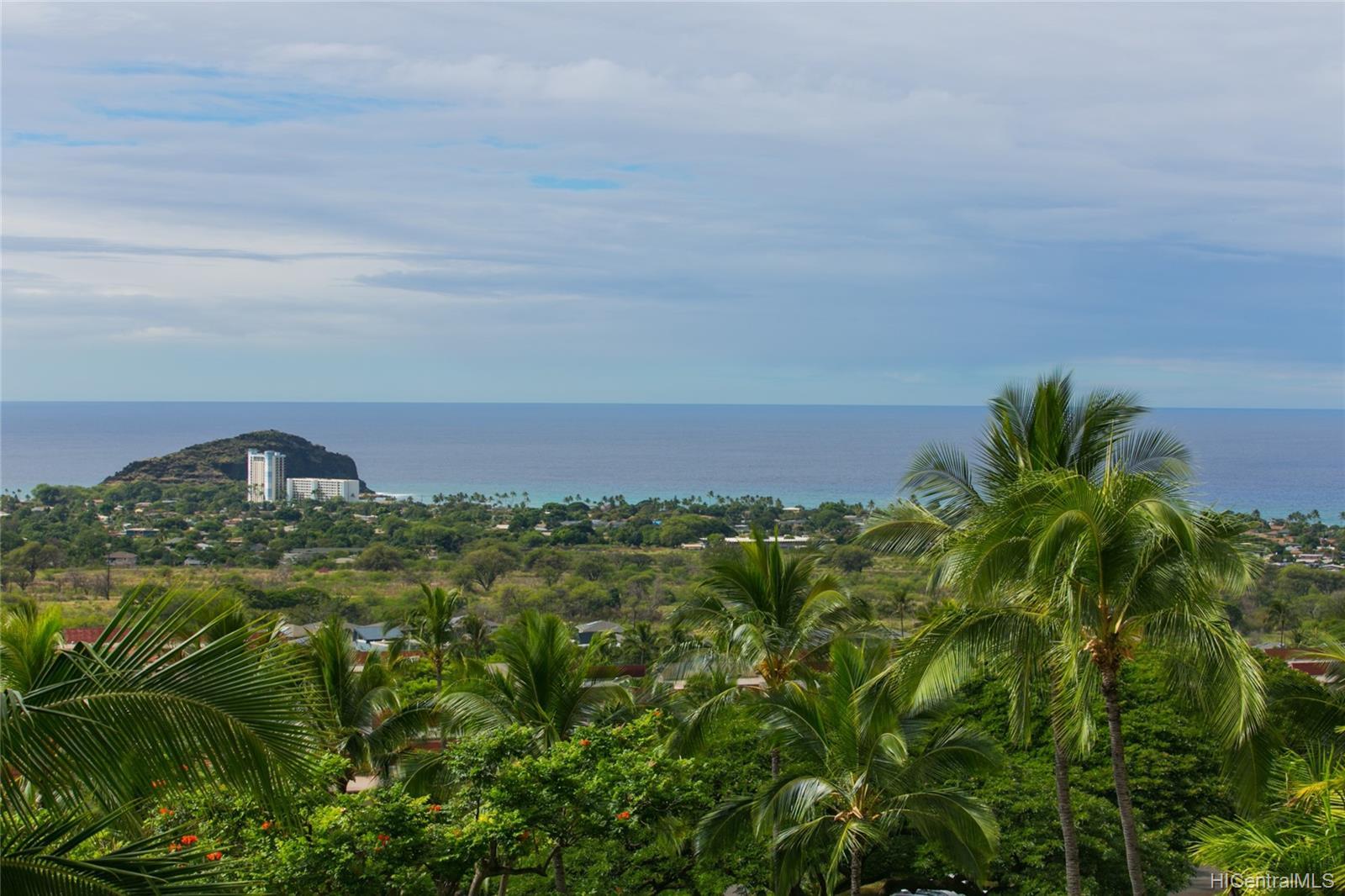Makaha Valley Towers condo # 423, Waianae, Hawaii - photo 6 of 25