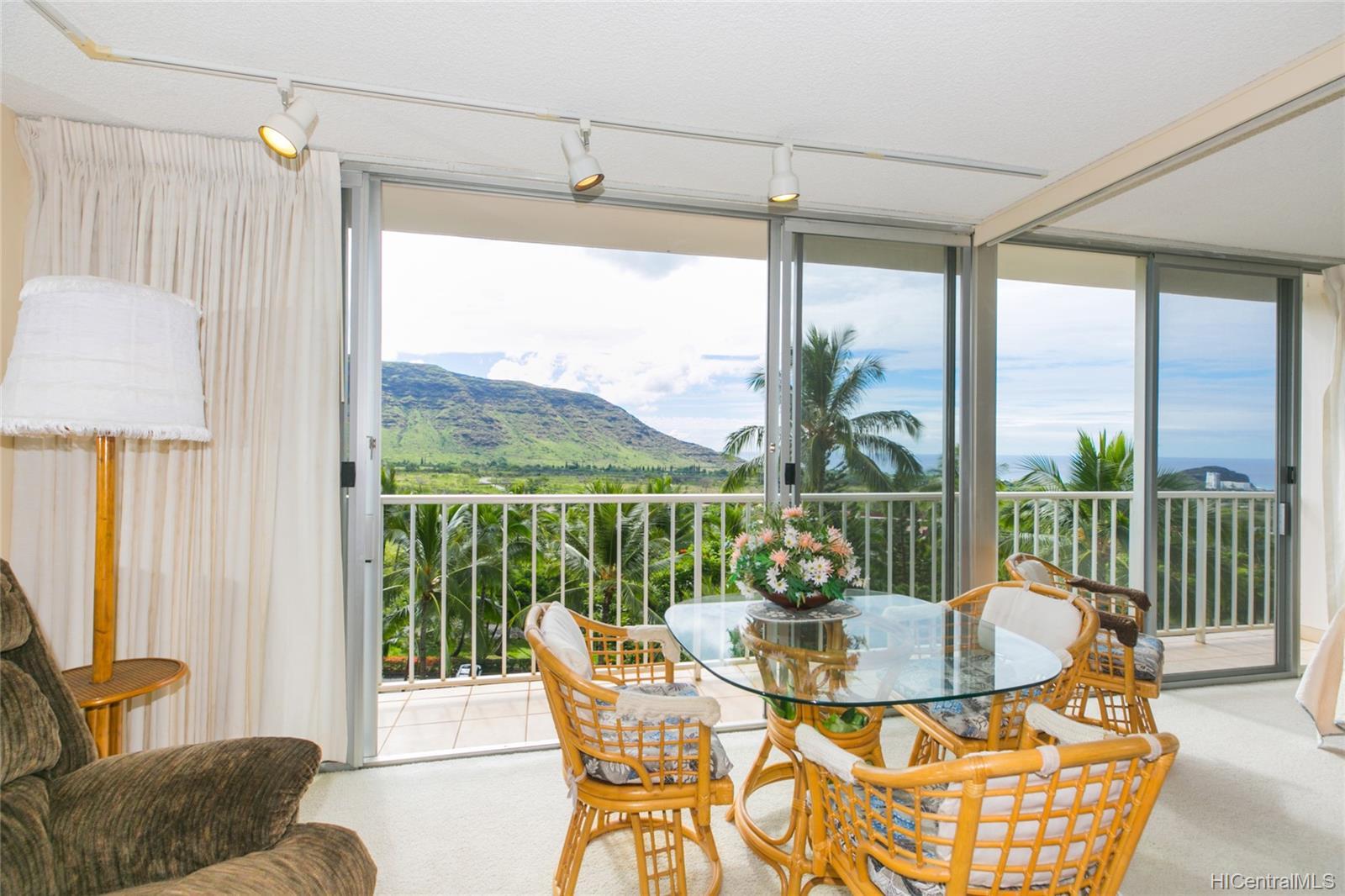 Makaha Valley Towers condo # 423, Waianae, Hawaii - photo 10 of 25