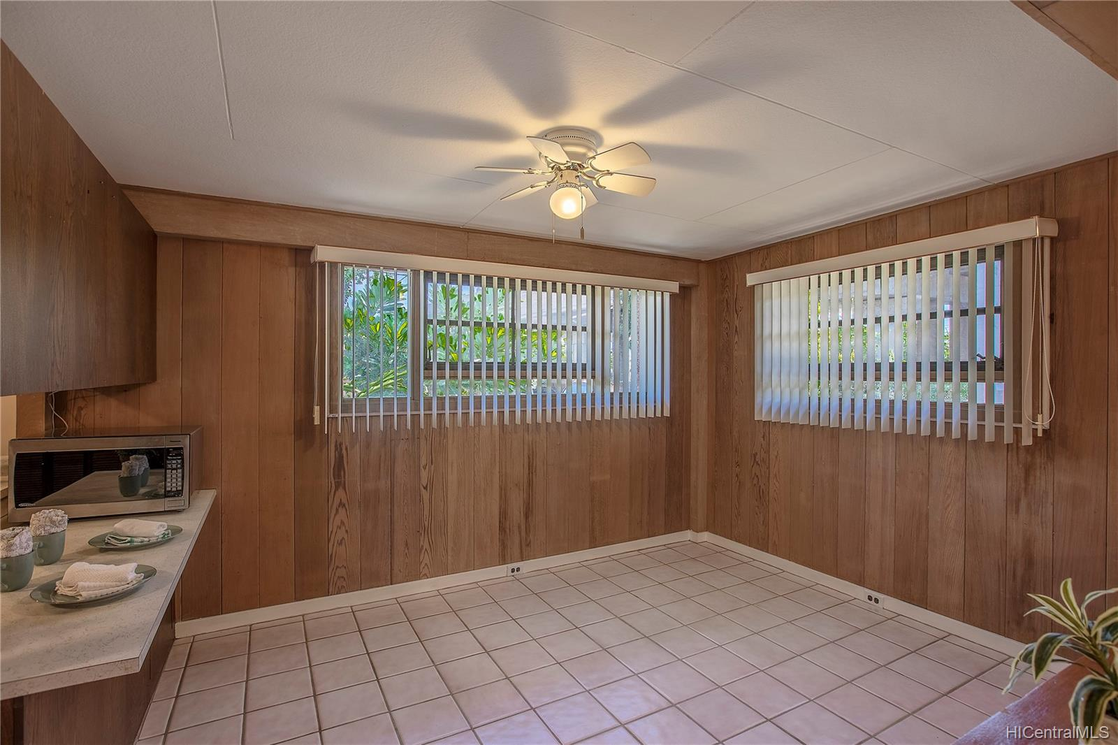 848  2nd Street Pearl City-upper, PearlCity home - photo 10 of 22