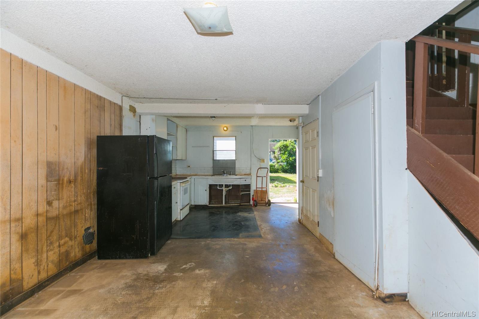 84-949  Hana Street Makaha, Leeward home - photo 22 of 25