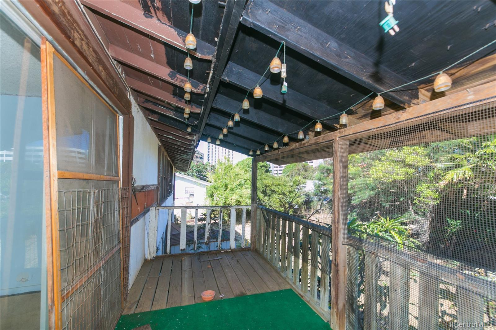 84-949  Hana Street Makaha, Leeward home - photo 8 of 25