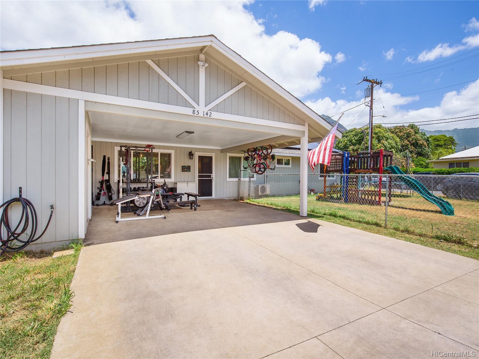 85-142  Plantation Road Waianae, Leeward home - photo 2 of 11