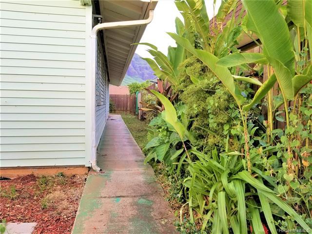 Ulu Wehi condo # B, Waianae, Hawaii - photo 3 of 6