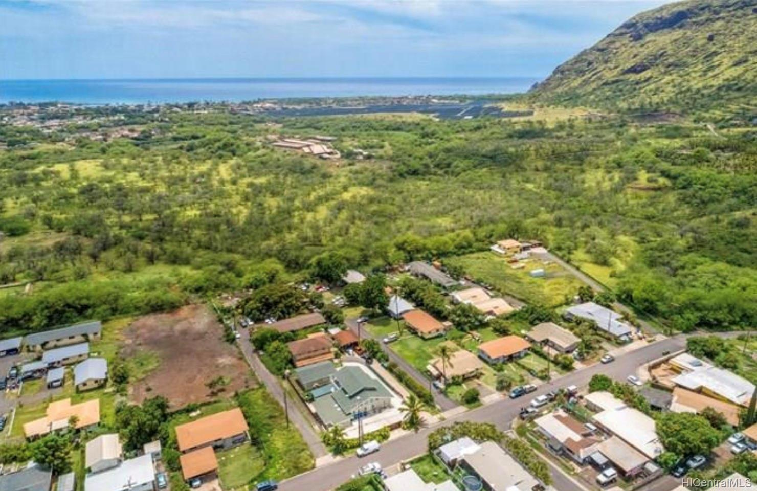 85-715  Piliuka Place Waianae, Leeward home - photo 1 of 8