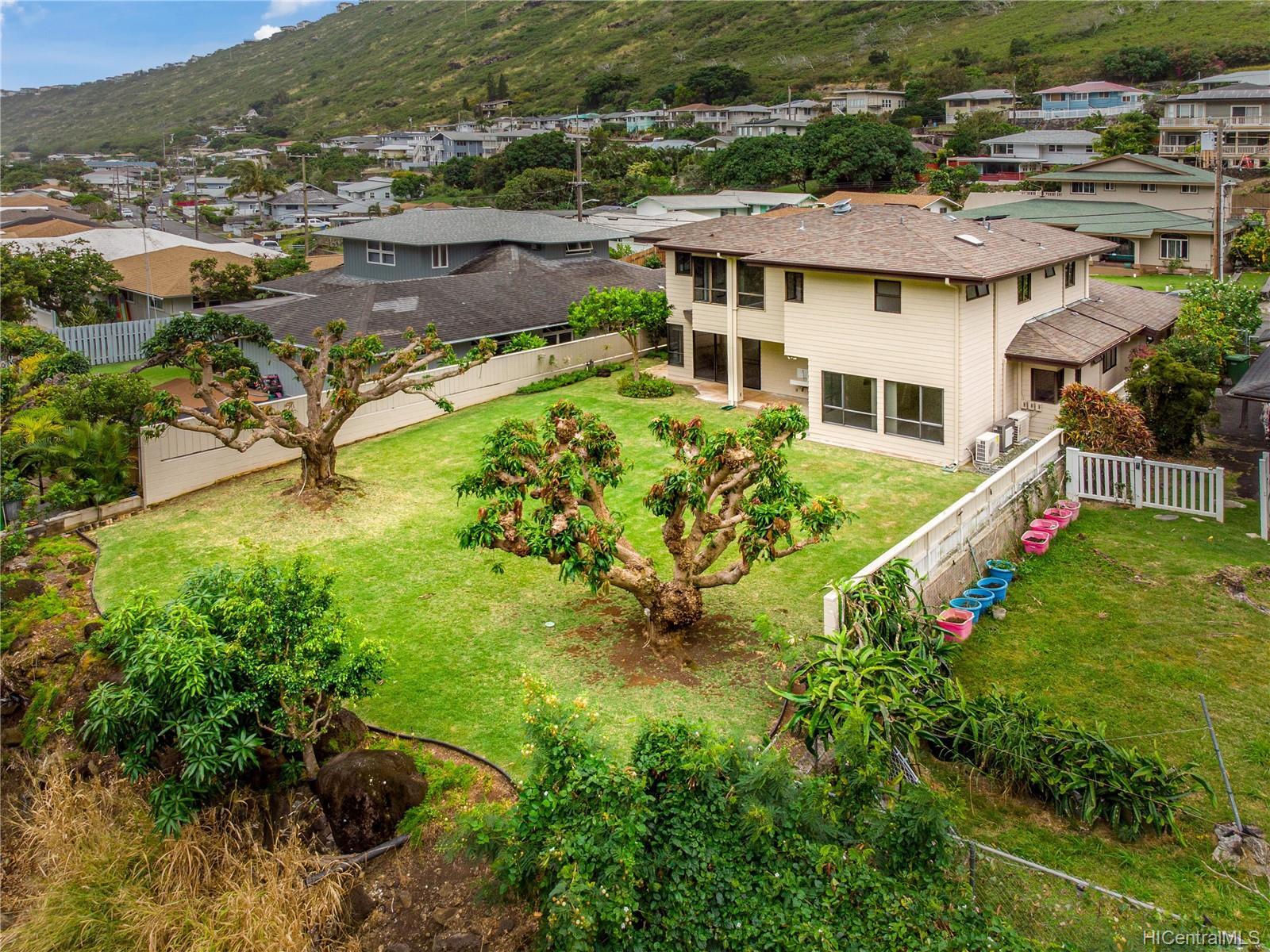 859  Hao Street Aina Haina Area, Diamond Head home - photo 22 of 25