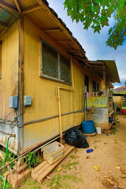 87-118  Kimo Street Maili, Leeward home - photo 1 of 3