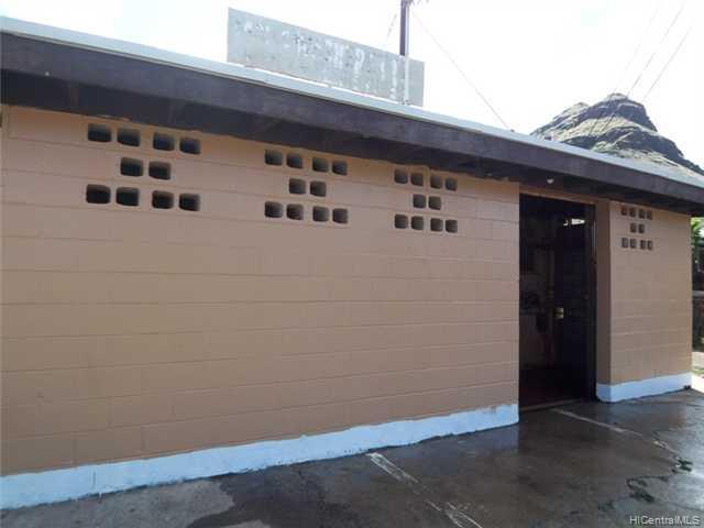 87-139 Hookele St Waianae Oahu commercial real estate photo3 of 10