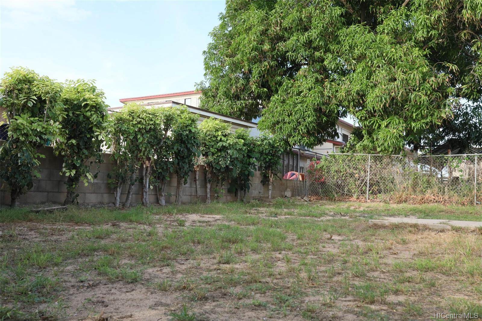 87-147  Palakamana Street Maili, Leeward home - photo 20 of 22