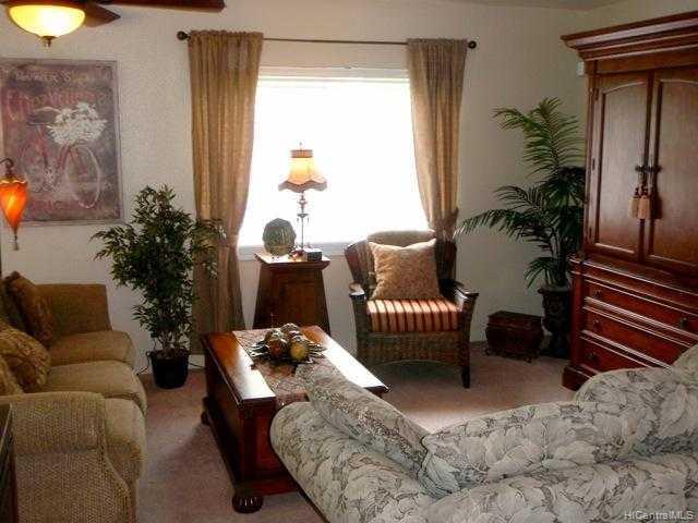 872129  Pakeke St Maili, Leeward home - photo 3 of 10