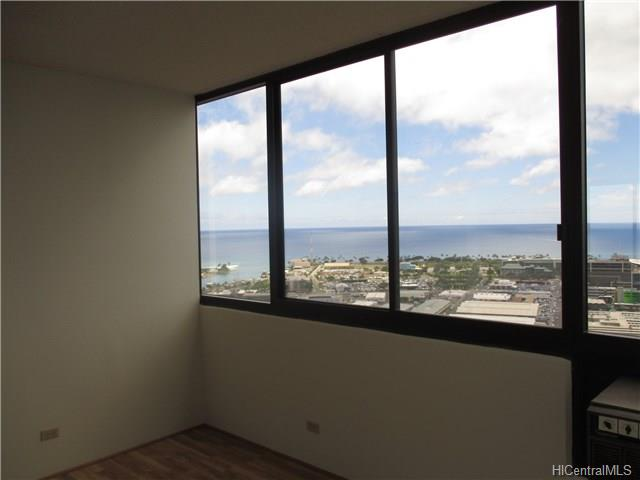 876 Curtis St Honolulu - Rental - photo 13 of 18