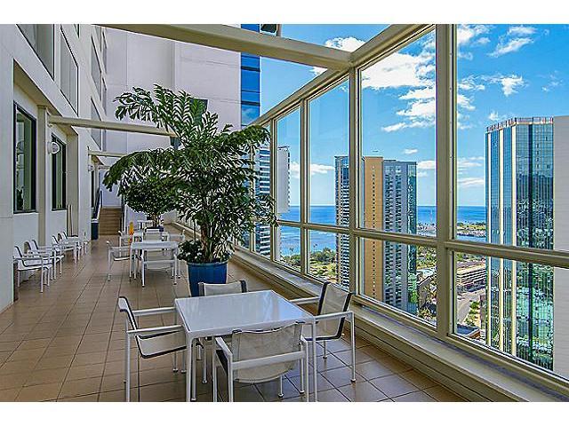 Hawaiki Tower condo # 2104, Honolulu, Hawaii - photo 15 of 17