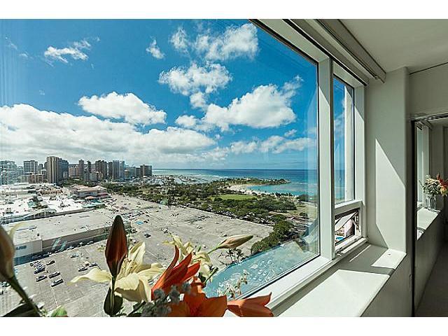 Hawaiki Tower condo # 2704, Honolulu, Hawaii - photo 15 of 20