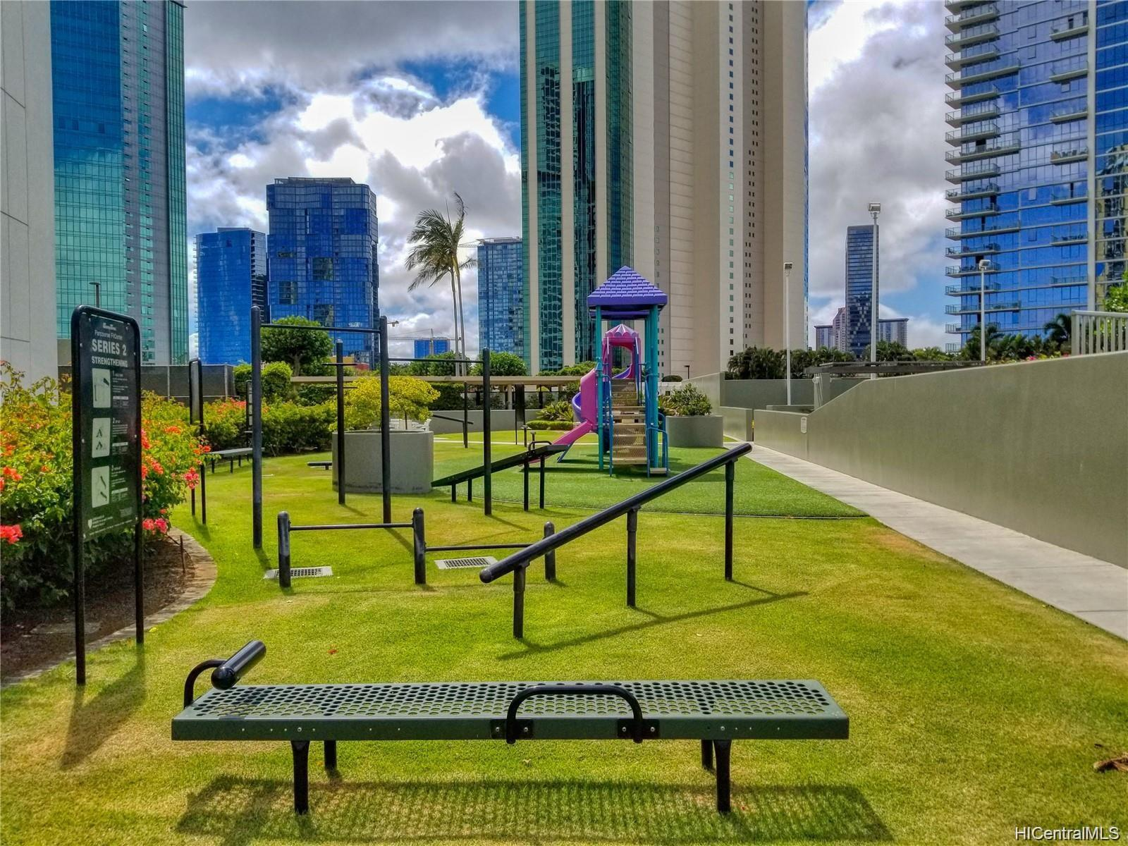 88 Piikoi Street Honolulu - Rental - photo 8 of 9
