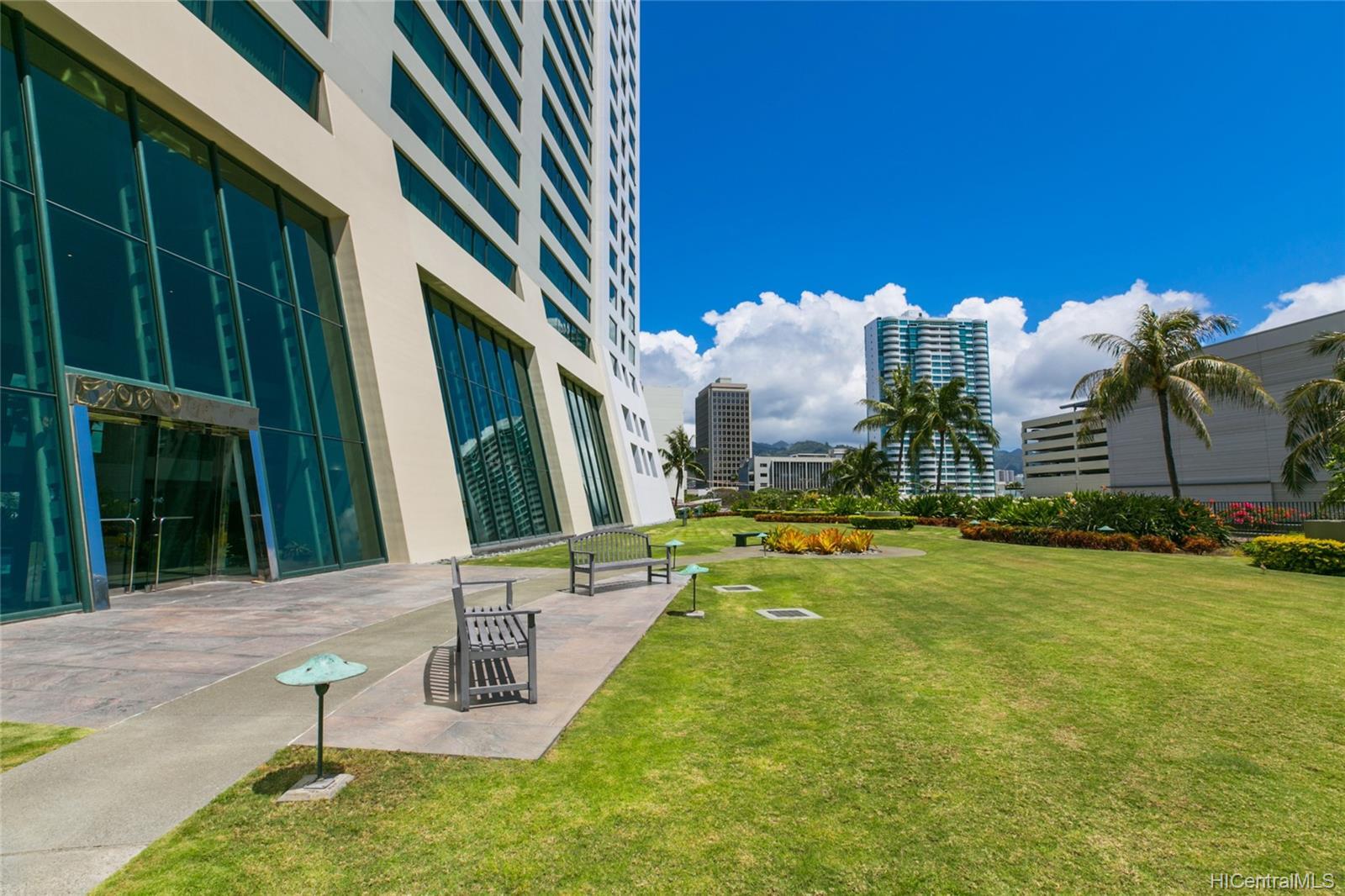 Hawaiki Tower condo # 1803, Honolulu, Hawaii - photo 23 of 25