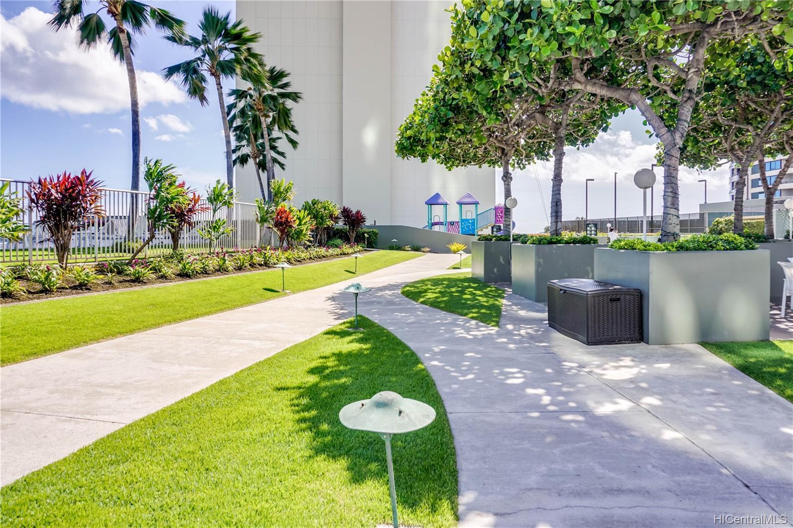 Hawaiki Tower condo # 2108, Honolulu, Hawaii - photo 10 of 17