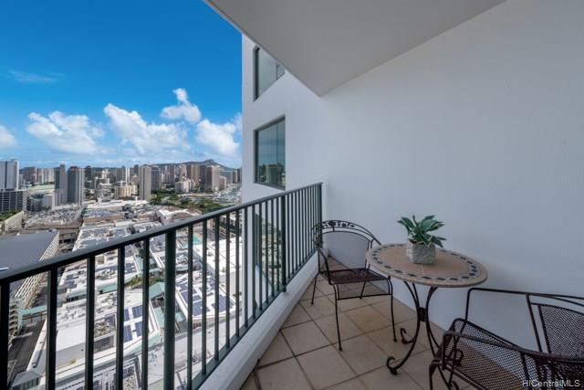 Hawaiki Tower condo # 4203, Honolulu, Hawaii - photo 2 of 18