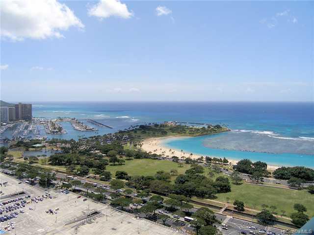 Hawaiki Tower condo # 4206, Honolulu, Hawaii - photo 3 of 6