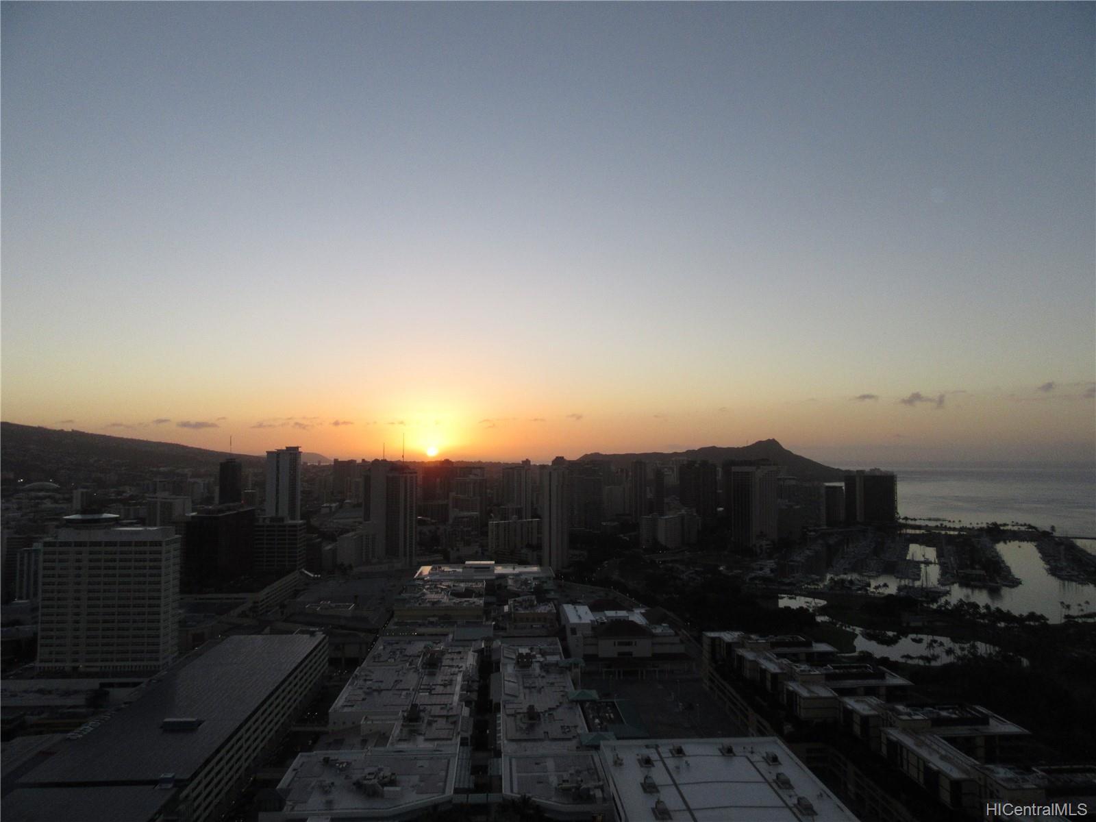 Hawaiki Tower condo # 4503, Honolulu, Hawaii - photo 8 of 25