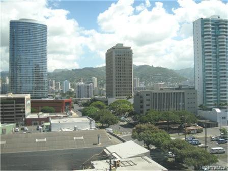 Hawaiki Tower condo # 904, Honolulu, Hawaii - photo 4 of 8