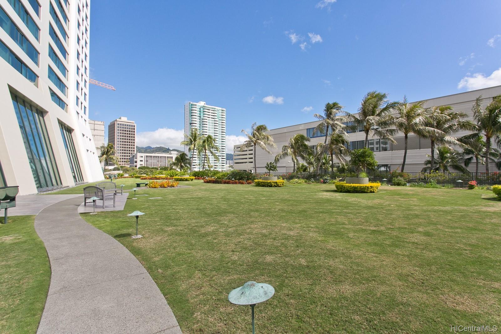 Hawaiki Tower condo # 909, Honolulu, Hawaii - photo 10 of 22