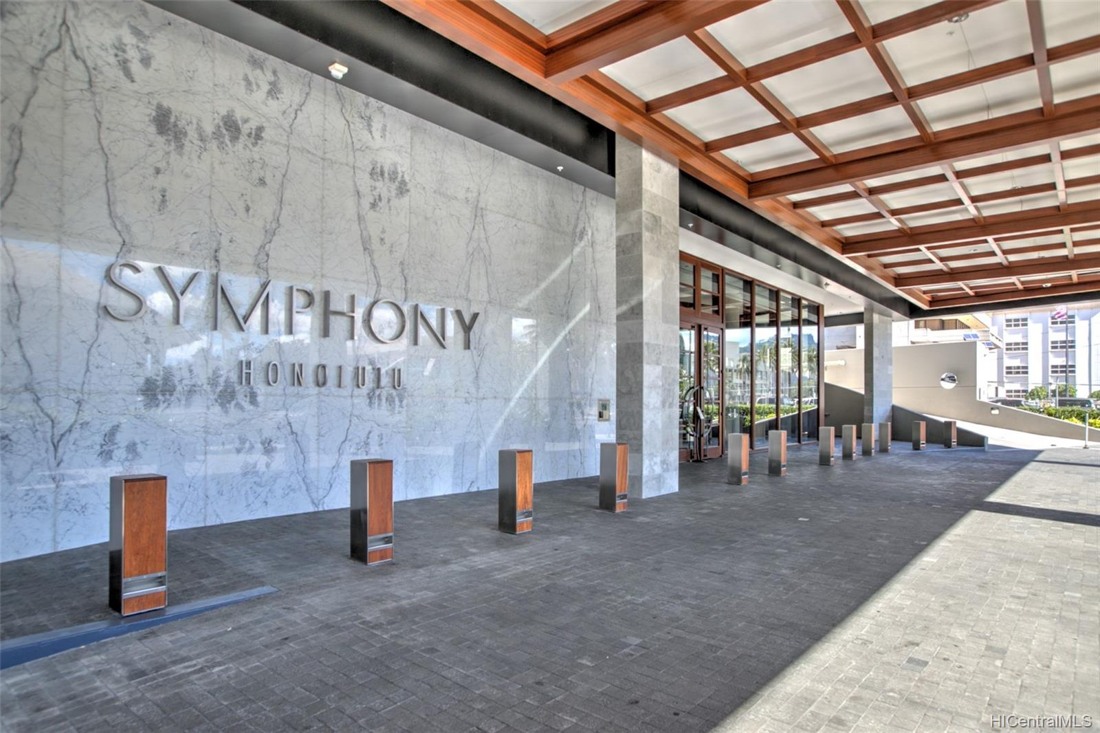 Symphony Honolulu condo # 2001, Honolulu, Hawaii - photo 23 of 25